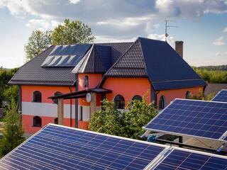 Saules paneļi Krustpils novadā elektroenerģijas pašpatēriņam